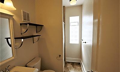 Bathroom, 810 E 12th Ave, 2