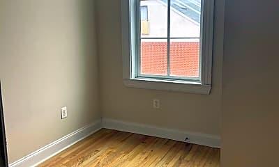 Bedroom, 329 N Eutaw St 3RD, 1