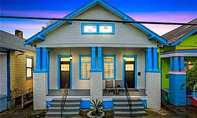 Building, 2320 N Rampart St, 0