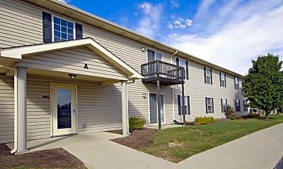 Building, Fox Brook Apartments, 0