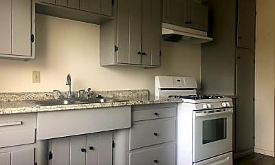 Kitchen, 625 E 3rd St, 1