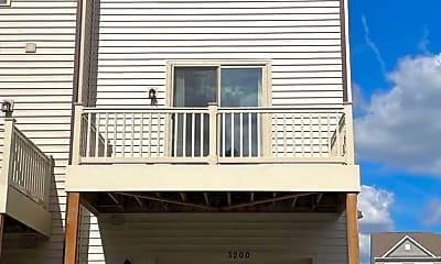 Building, 3200 Laurel Hl Rd, 2