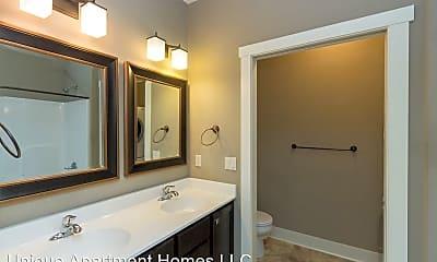 Bathroom, 4523 Twain Cir, 1