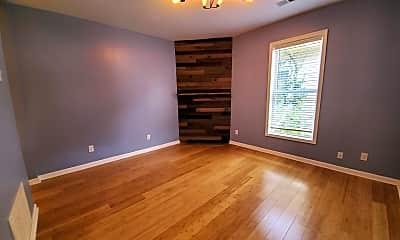 Living Room, 553 Pemberton St, 1