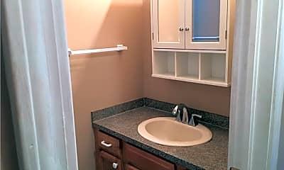 Bathroom, 390 Massillon Rd 1, 2