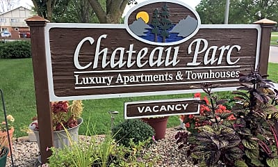 Chateau Parc Luxury Apartments And Townhouses, 1
