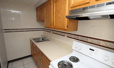 Kitchen, 157 Oak Manor Pl, 0