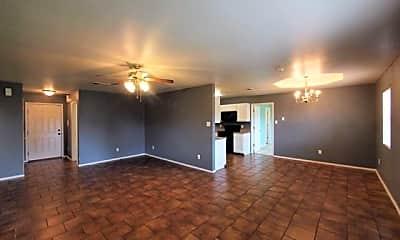 Living Room, 5101 Bridle Dr, 1