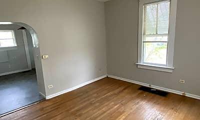 Living Room, 1123 Walnut St, 1