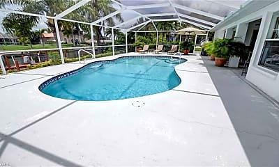 Pool, 4010 SW 19th Pl, 1