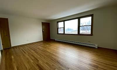 Living Room, 3601 N Oconto Ave, 1