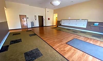 Living Room, 4960 Ridge Ave 404, 2
