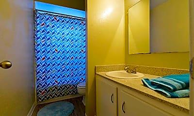 Bathroom, Aero on Upper Bay, 2