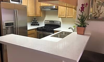 Kitchen, 3325 Castle Heights Ave, 0