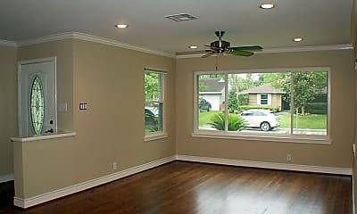 Living Room, 3010 Castlewood St, 1