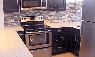 Kitchen, 555 University Ave, 1