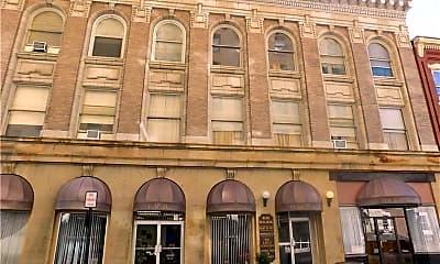 Building, 51 W Main St 1, 0