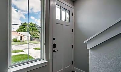 Bathroom, 2305 Benbrook Blvd, 1