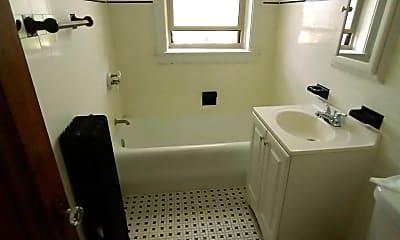 Bathroom, 9004 S Throop St, 2