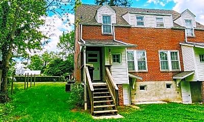 Building, 812 Oak St, 2