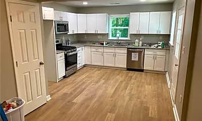 Kitchen, 424 Arbor Dr, 1