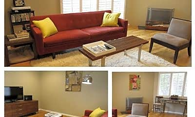 Living Room, 8101 Gould Ave, 0
