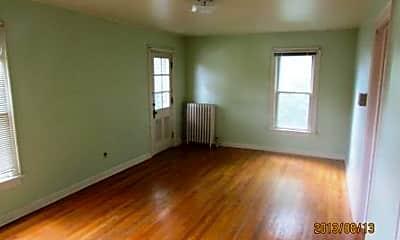 Living Room, 302 S Mills St, 0