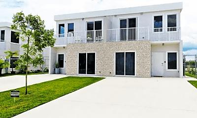 Building, 26132 SW 136 Ct, 1