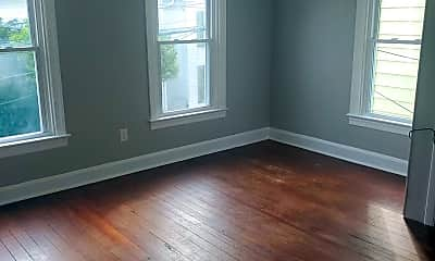 Living Room, 123 Randolph Ave, 1