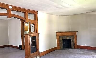 Building, 398 Margaret St, 1