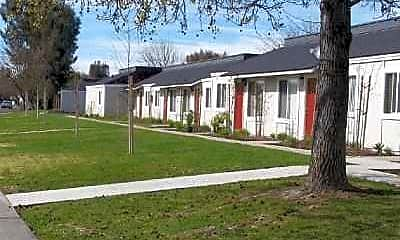 Saratoga Apartments, 1