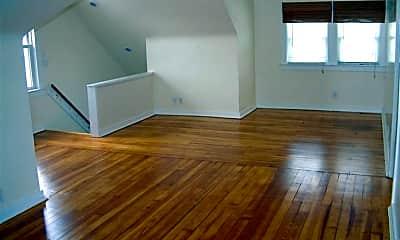 Living Room, 2165 Glenbury Ave 3, 1