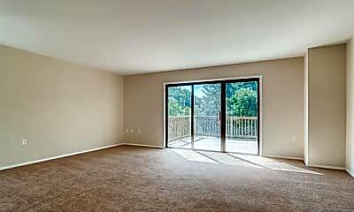 Living Room, 7 Hopi Ct, 1