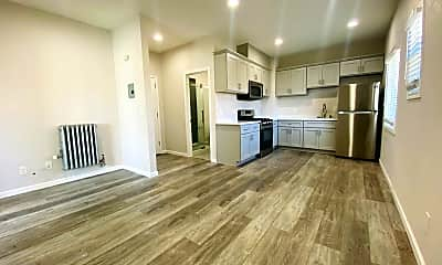 Kitchen, 1428 35th Ave, 1