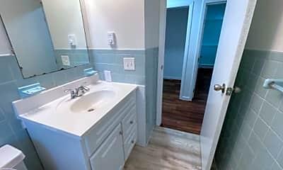 Bathroom, 115 Johnson St, 1