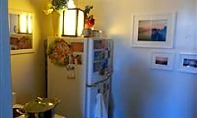 Dining Room, 126 Waterman St, 1