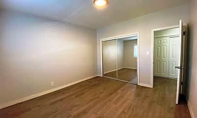 Bedroom, 2424 Ocean Park Blvd 6, 2