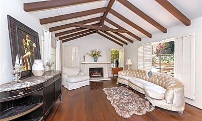 Living Room, 3734 Fredonia Dr, 1