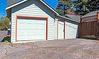 Building, 235 NW Jefferson Pl, 2