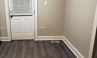 Bedroom, 2001 Hall St, 0