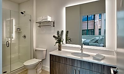 Bathroom, 33 Ashland Ave 301, 1