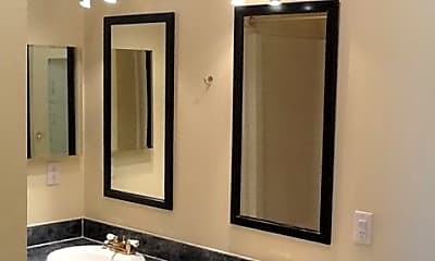 Bathroom, 17260 Co Rd 40, 2