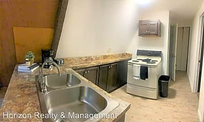 Kitchen, 1431 Fort Campbell Blvd, 2