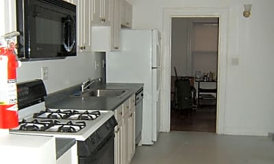 Kitchen, 92 Granville Avenue, 2