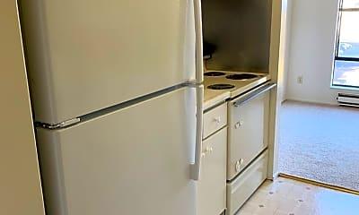 Kitchen, 4 Commodore Drive #524, 2