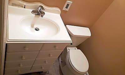 Bathroom, 701 George St, 2