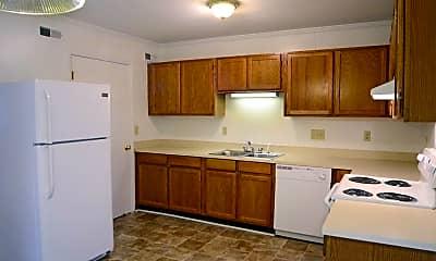 Kitchen, Courtyard Townhomes, 0