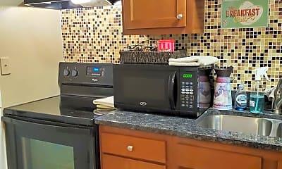 Kitchen, 123 1/2 S Main St, 2