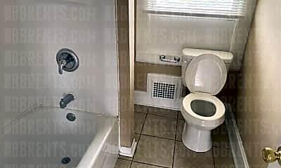 Bathroom, 317 Crawford St, 2