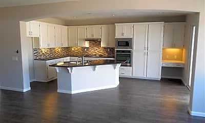 Kitchen, 1577 Carmel Ave, 1
